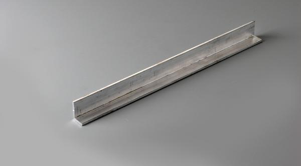 Aluminum unequal leg structural angle stock cut to size